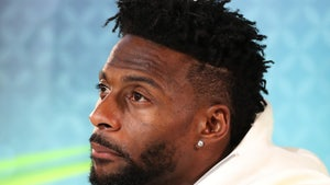 NFL's Emmanuel Sanders Scared For Life After COVID Diagnosis, 'Lord, Please'