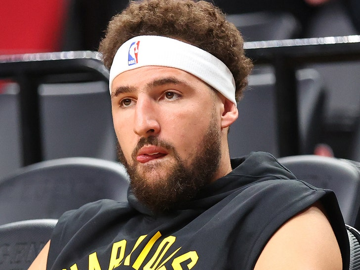 Klay Thompson Pissed Over NBA's Top 75 Snub, 'Maybe I'm Just Naive'.jpg
