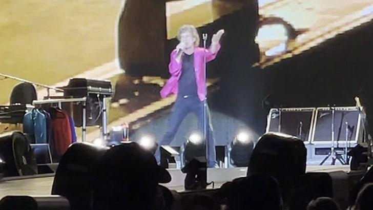 Mick Jagger Jabs Back at Paul McCartney Over 'Blues Cover Band' Remark.jpg