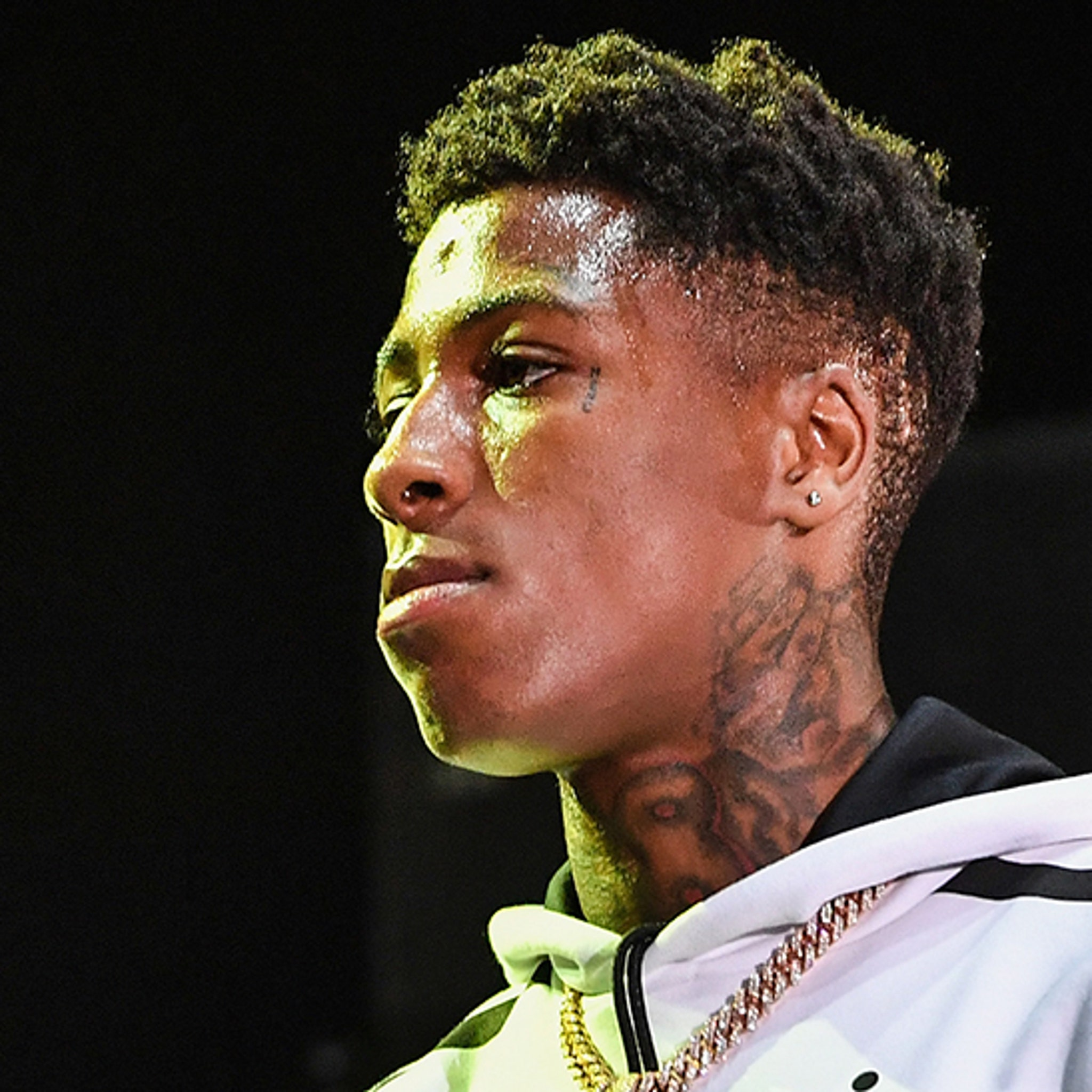 Rapper Nba Youngboy Goes Nuts Fighting Fan At Concert
