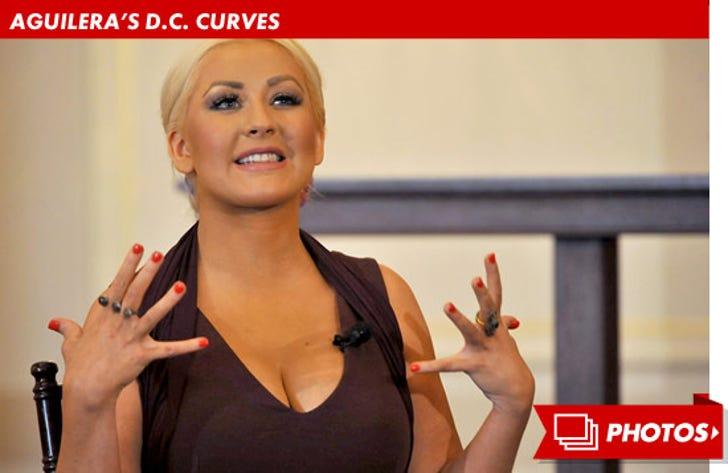 Christina Aguilera Gets Curvy in D.C.