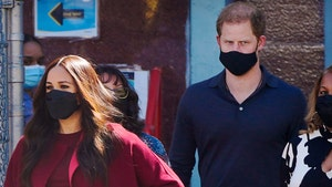 Prince Harry and Meghan Markle Try Chicken and Waffles At Melba's in Harlem