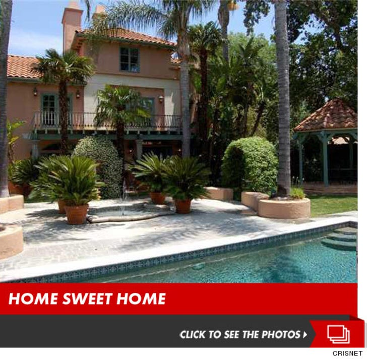 Marc Anthony Drops Mucho Dinero To Live In The Valley