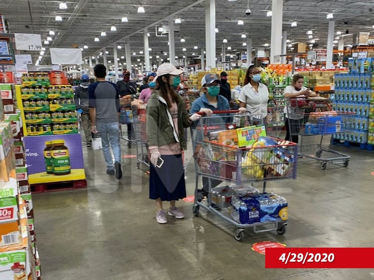 Costco Requires Face Coverings For Shoppers