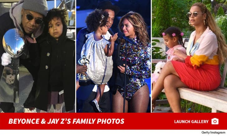 Jay Z and Beyonce's Family Photos