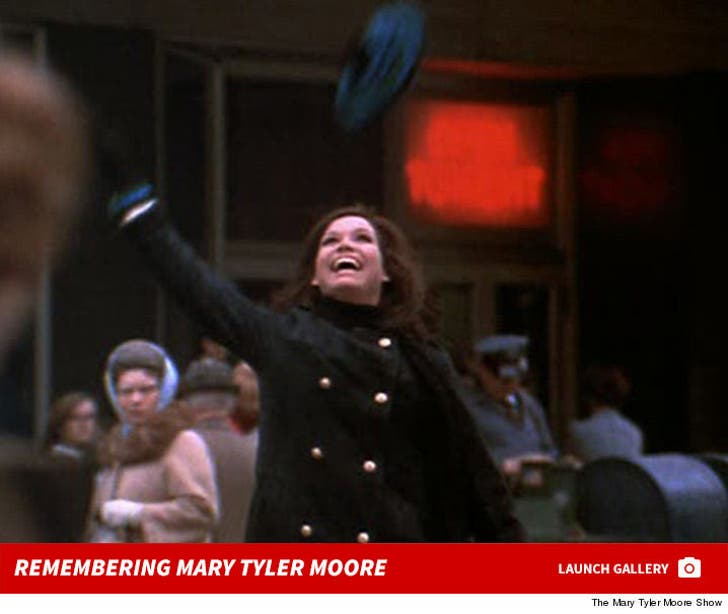 Mary Tyler Moore Photos