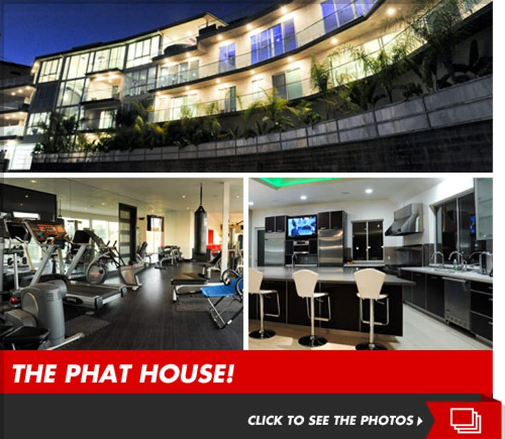 'American Idol' House -- Renting Rooms To Fat People
