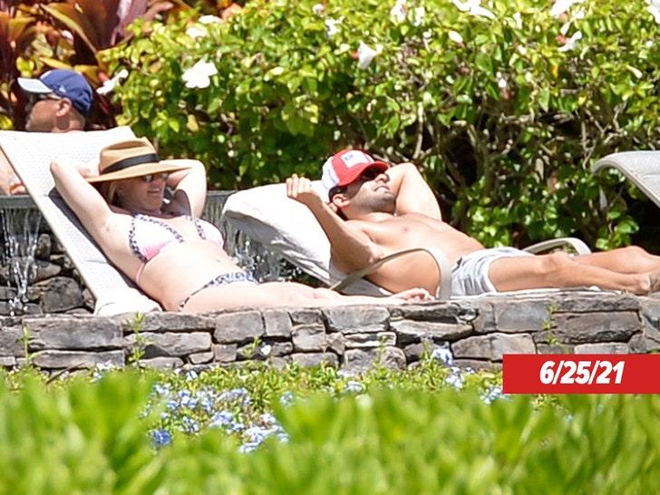 Britney Spears and Sam Asghari's Hawaii Getaway