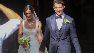 Miles Teller Marries Fiancee Keleigh Sperry in Hawaii