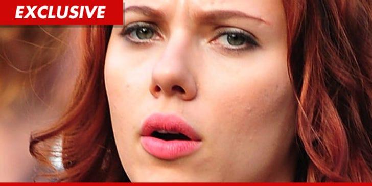 Scarlett Johansson nude leaked photos 2011: Actress