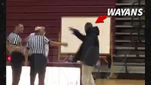 Marlon Wayans Blows Up on Refs at Son's High School Basketball Game