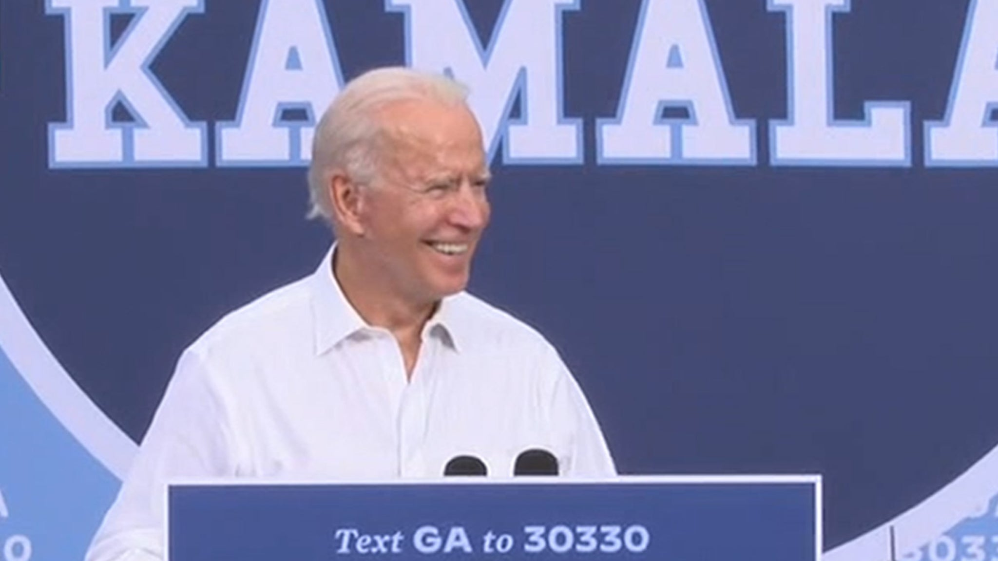 Offset & Common Warm Up ATL Crowd for Biden ... 'Hey Ya!' Cool Chain!!!