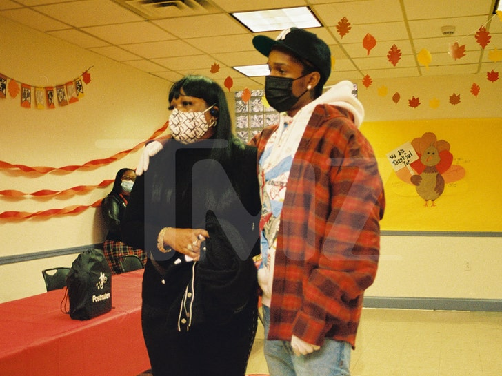 A$ap Rocky Donates Meals on Thanksgiving