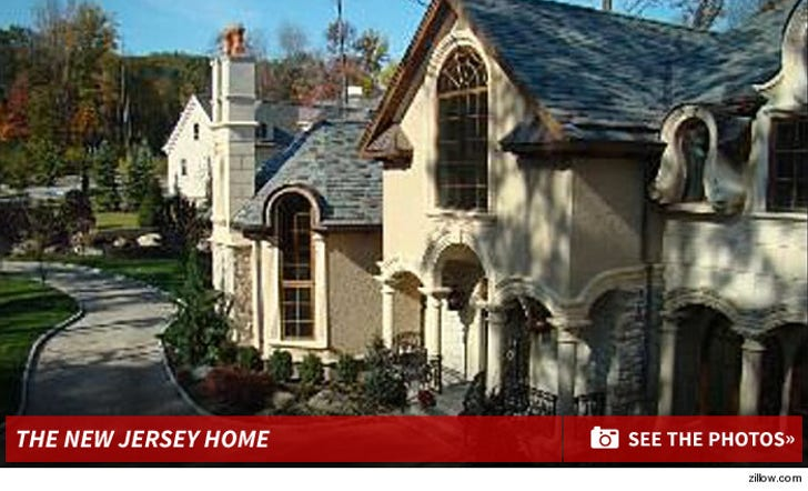 Real Housewives' Stars to Renter -- Get the Hell Out! You're