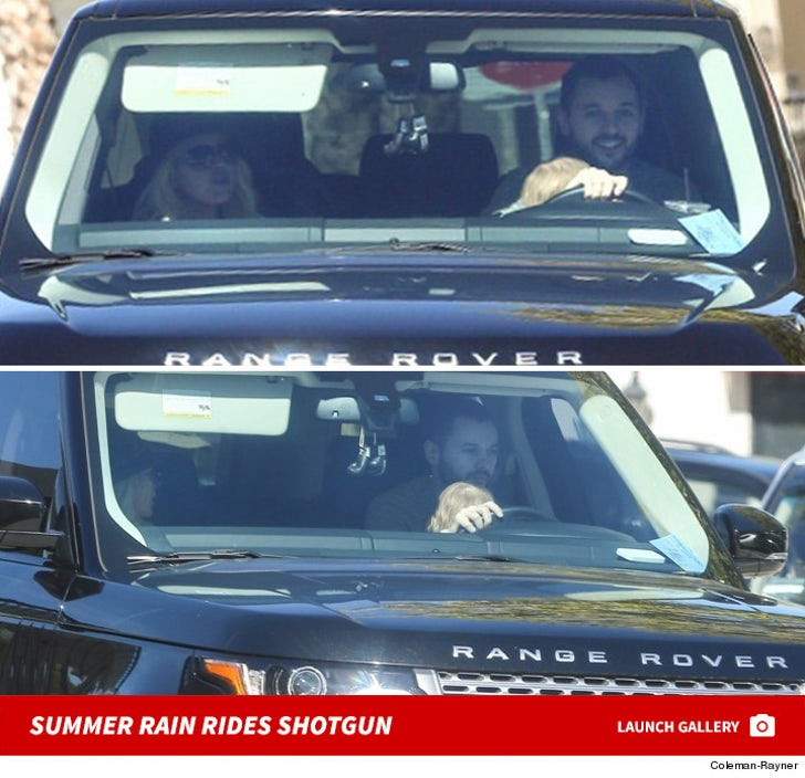 Christina Aguilera's Daughter Riding Shotgun!