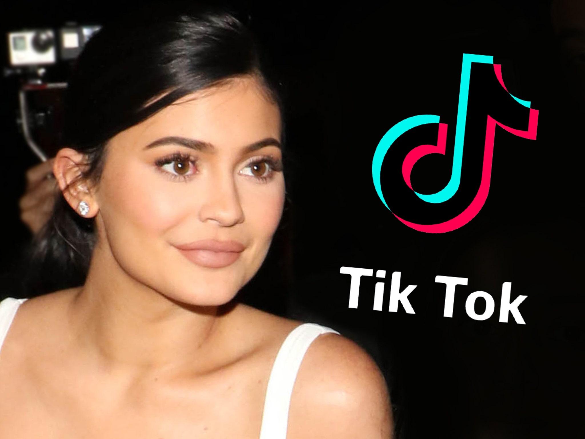 Kylie Jenner's 'Rise & Shine' Hashtag Hits 1 Billion Views on TikTok