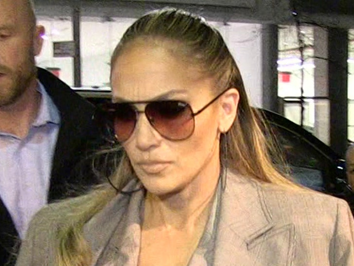 J Lo's L.A. Home Still Targeted with Multiple 911 Calls.jpg
