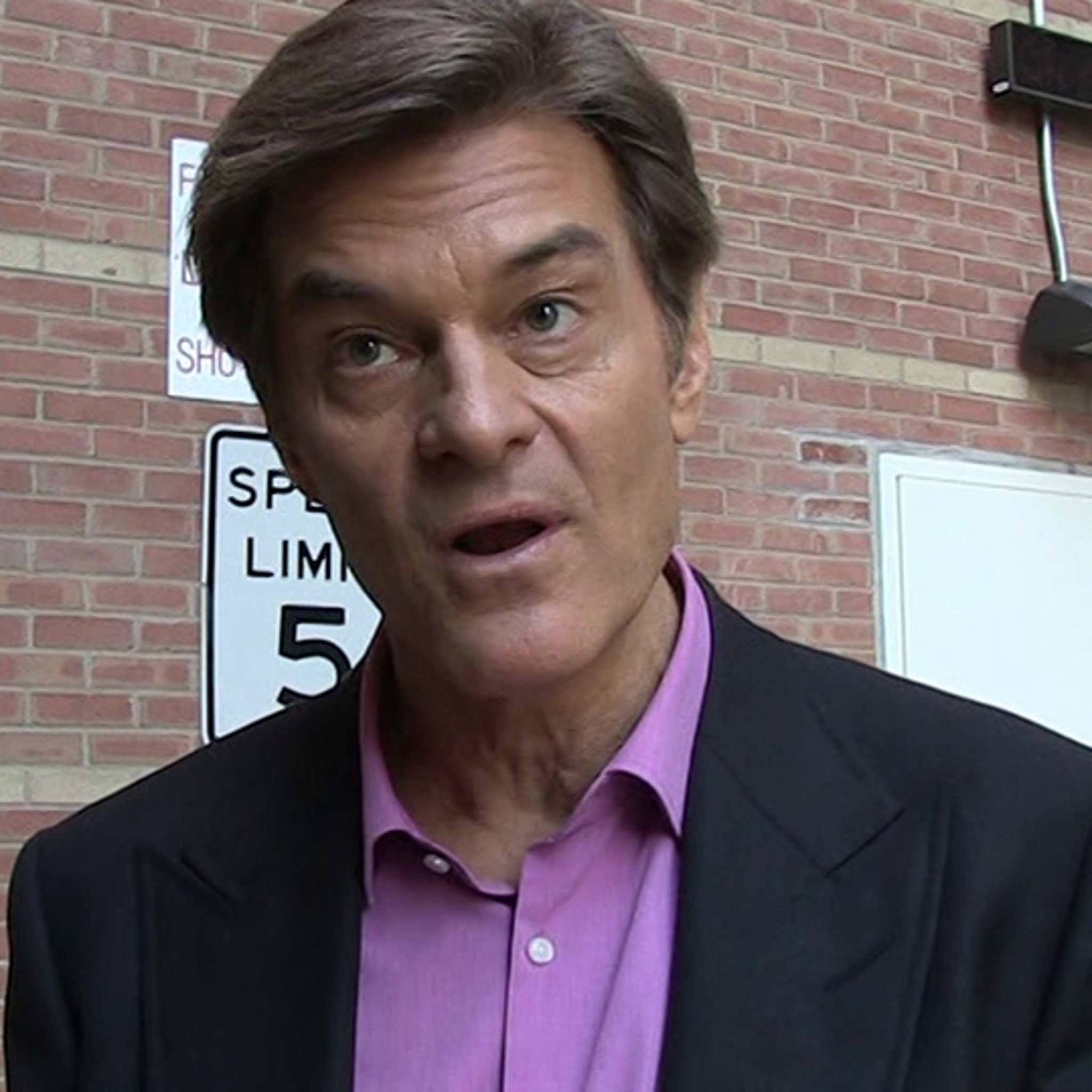 0fa0f2625b9 Dr. Oz Sued: You Pushed a BS Diet Supplement