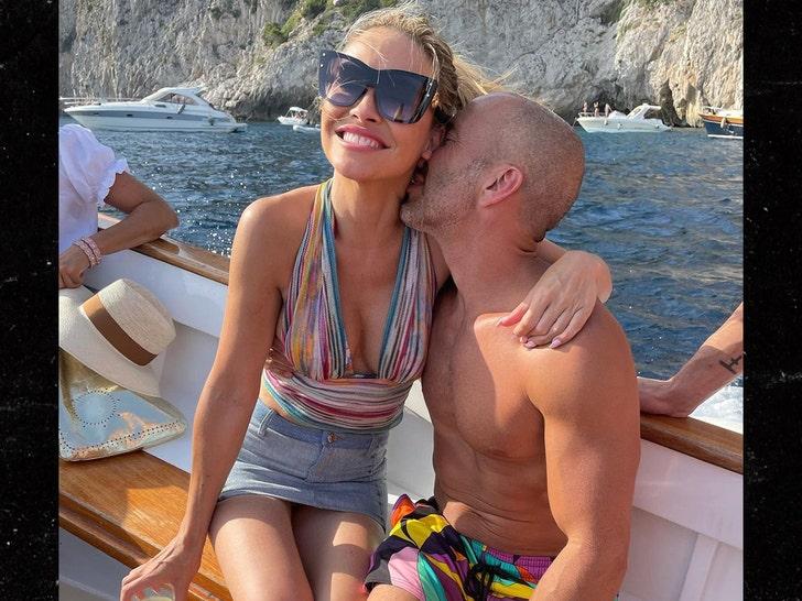 Chrishell Stause Is Dating Jason Oppenheim.jpg