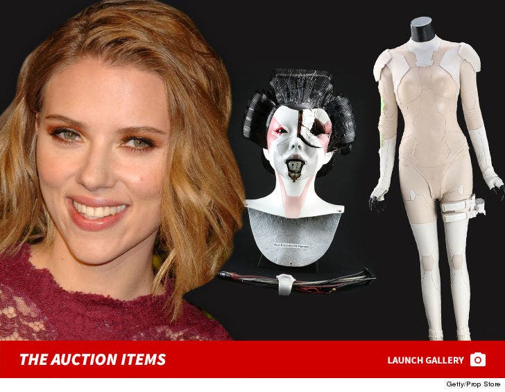 Scarlett Johansson S Ghost In The Shell Costume Is Up For Grabs