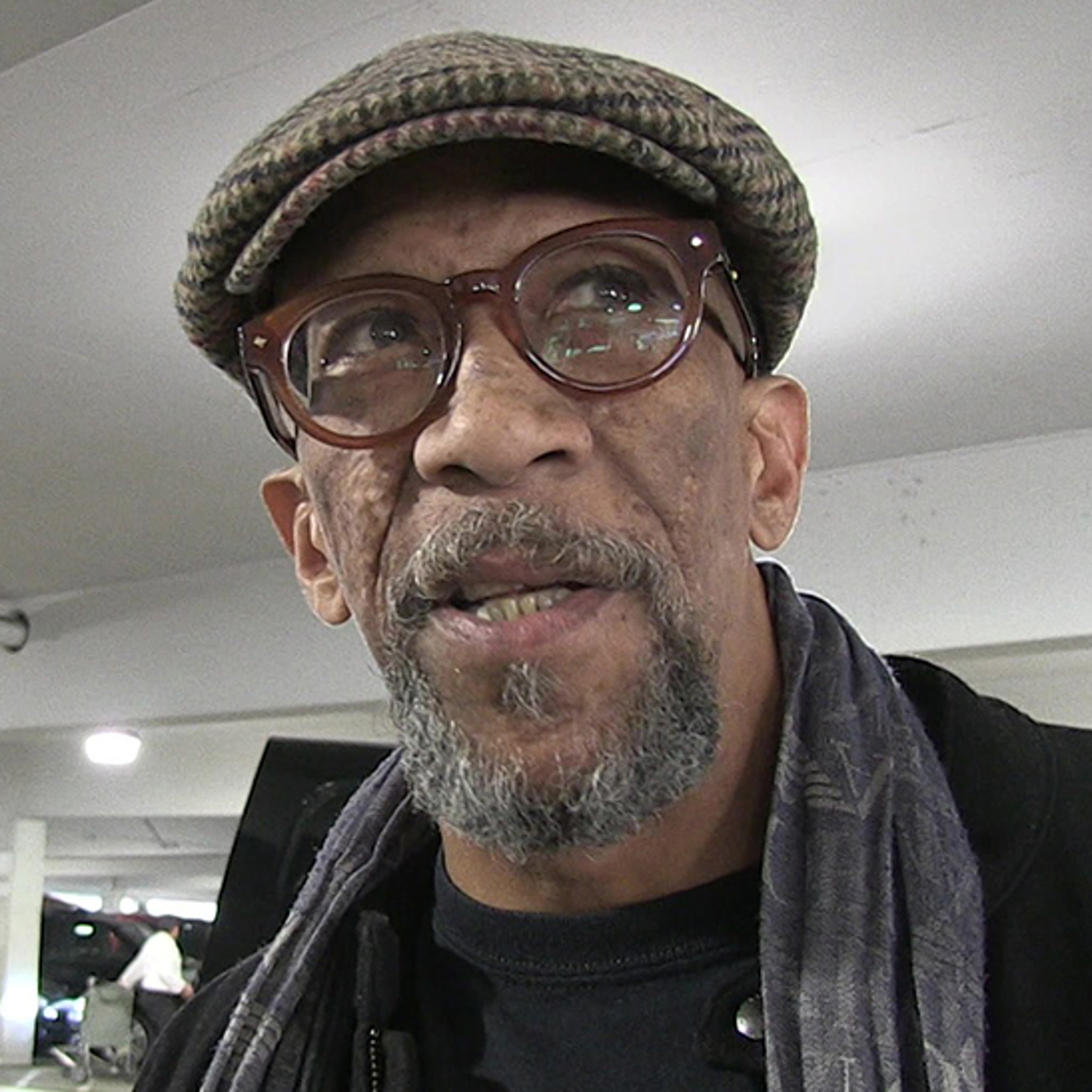 House of Cards' Star Reg E  Cathey Dead From Cancer at 59