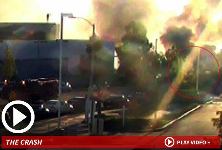 Paul Walker Crash -- The Moment Of Impact & Massive Inferno