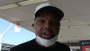 Charles Barkley Says he Has No Beef W/ Kenny Smith After Vaccine Debate