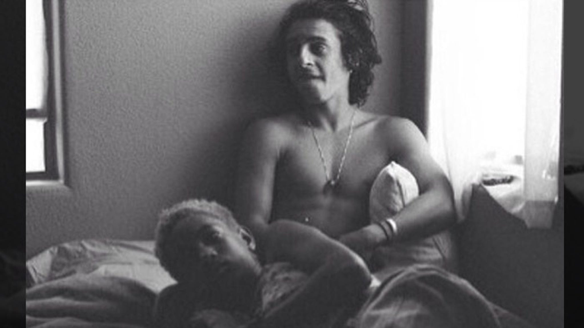 Will Smith S Daughter Willow Smith In Bed With 20 Year Old Moises Arias