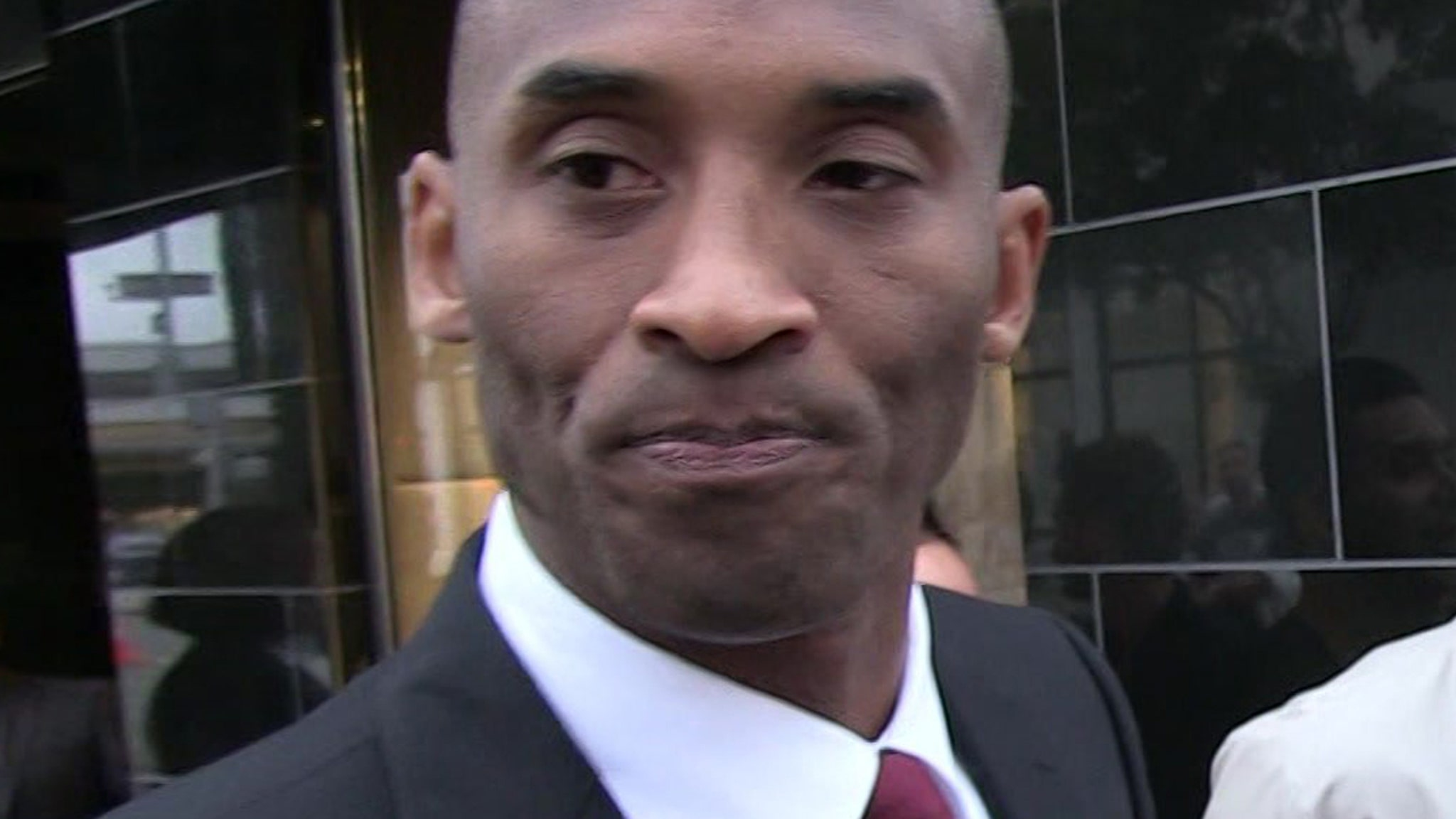 Kobe Bryant Memorabilia Prices Soar, Scumbags Pushing Fakes