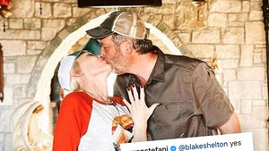 Gwen Stefani Announces Engagement to Blake Shelton