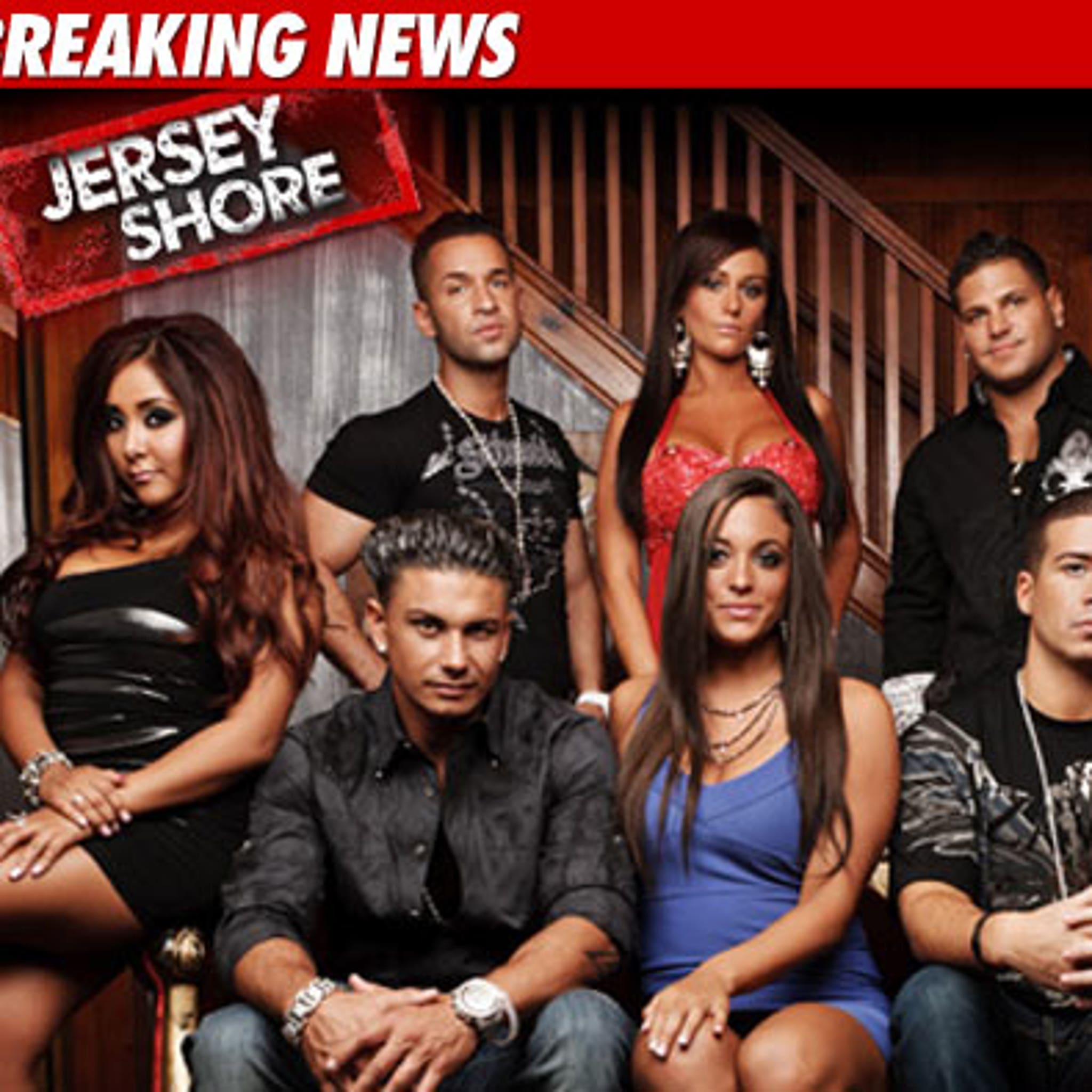 Jersey Shore' Season 4 -- ENTIRE Cast Signs for Season 4