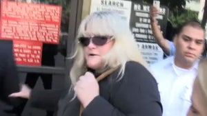 Debbie Rowe's Ominous Court Arrival -- Whose Side Am I Really On?