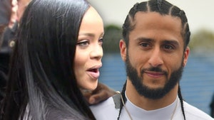 Rihanna Turned Down Super Bowl For Kaepernick, 'I Couldn't Be a Sellout'