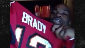Adrian Peterson Gunning To Play With Tom Brady in 2021, Sign Me, Bucs!