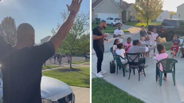 OSU's Jonathon Cooper Mobbed By Neighborhood Kids After NFL Draft Pick, Adorable Video!.jpg