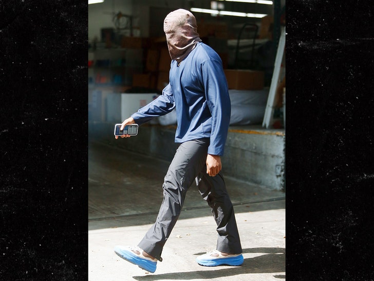 Kanye West wearing ski mask in Los Angeles