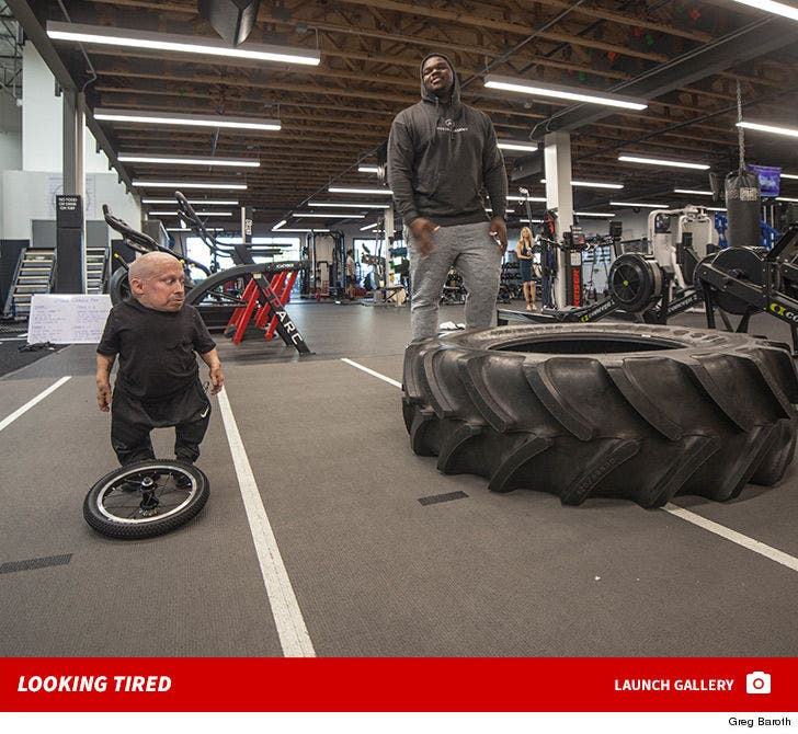 Verne Troyer and Du'Vont Lampkin -- The Big Workout