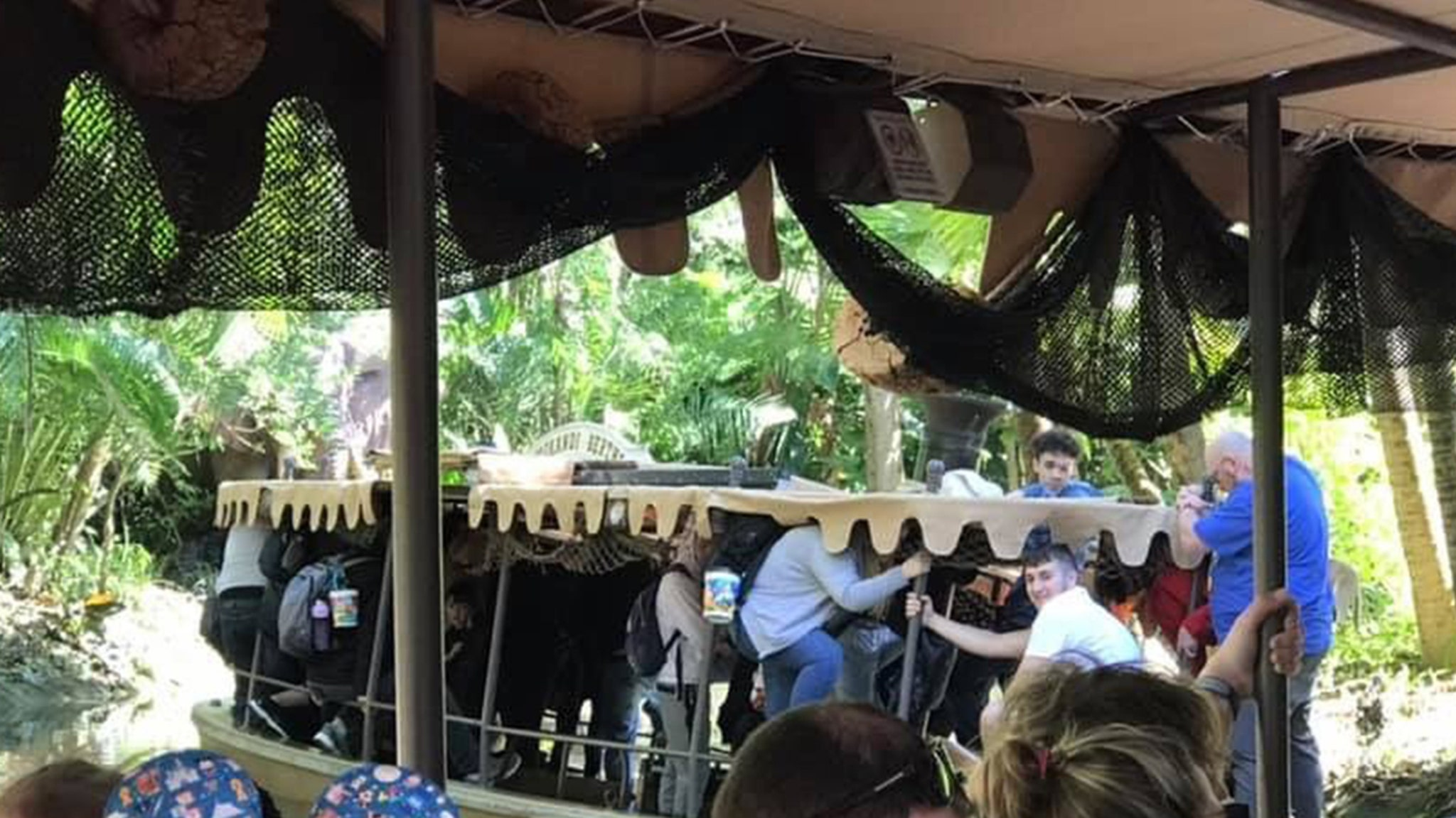 Disney Jungle Cruise Boat Sinks with People Aboard at Magic Kingdom