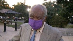 Rep. Danny Davis Says R. Kelly Deserves Second Chance, Shot at Redemption