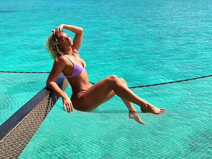 Lauren Wood Hot Shots