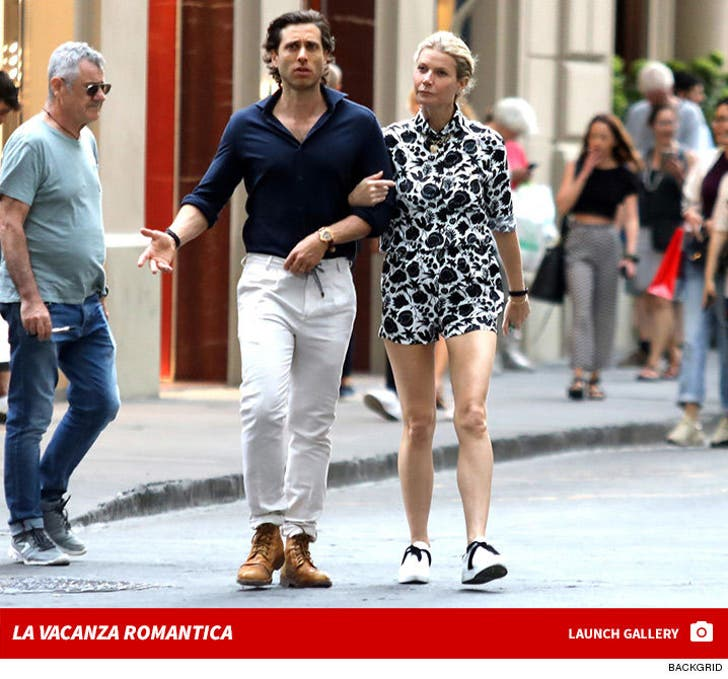 Gwyneth Paltrow Brad Falchuk in Florence -- La Vacanza Romantica