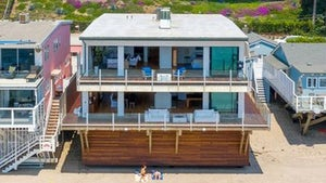 Matthew Perry Sells Malibu Beachfront Crib for $13.1 Million