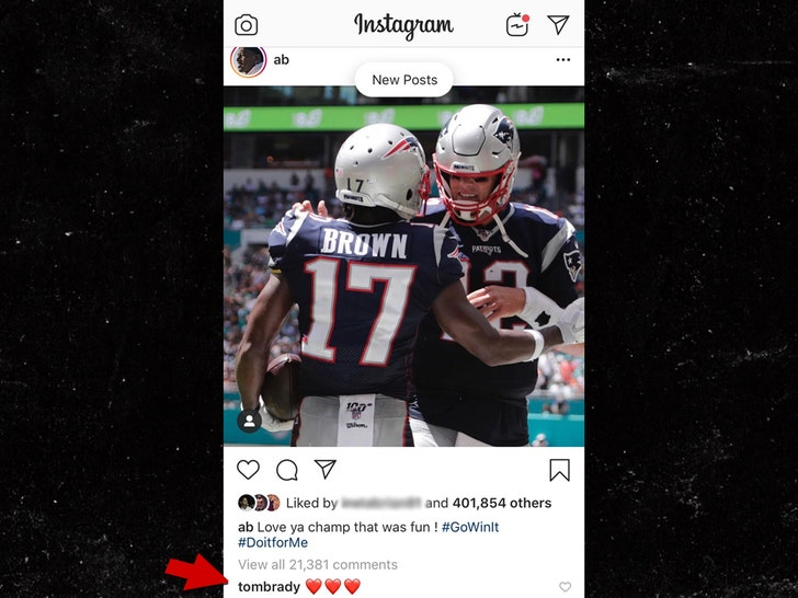 official photos 1d1b7 d1bb3 Antonio Brown Released By Patriots, Tom Brady Shows Love