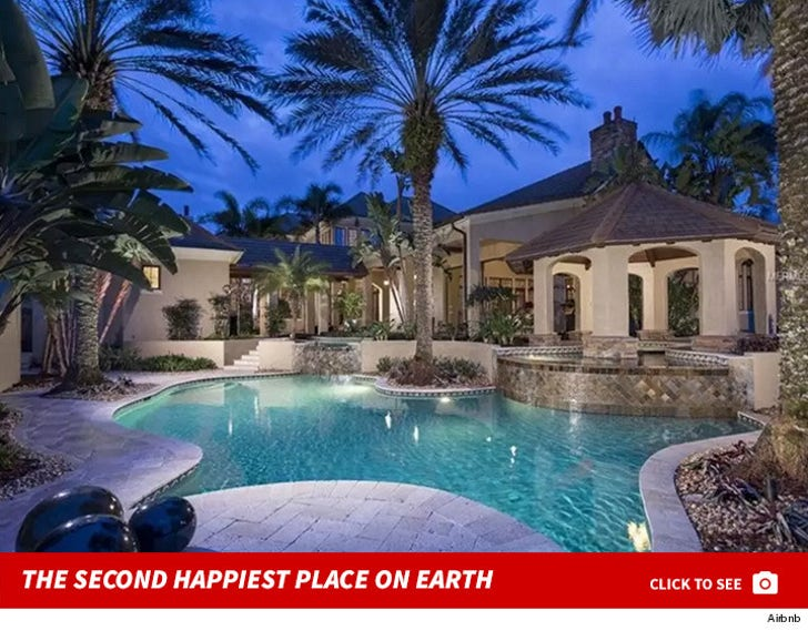 Steven Tyler -- Livin' On The Edge Of A Lake ... In A $10k A Night Pad!!!