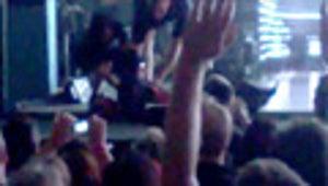 Scott Weiland Plummets Off Stage During Concert
