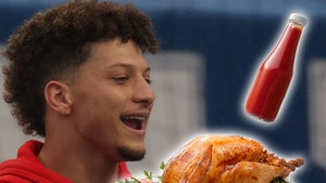 Patrick Mahomes Says He'll Slather His Thanksgiving Turkey In Ketchup, 'You Know Me'