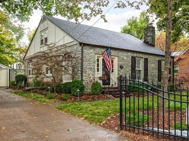 Hayley Williams' Nashville Cottage -- For $ALE!