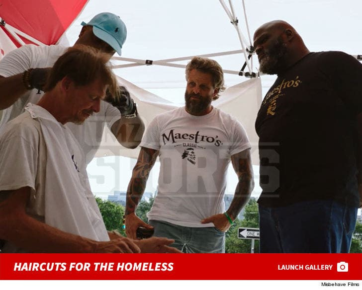Mark Henry's Free Haircuts For The Homeless