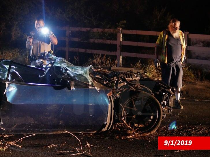 Kevin Hart Crash Scene and Damage