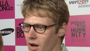 'Vampire Diaries' Star Zach Roerig Busted for DUI, Allegedly Peed in Jail Cell